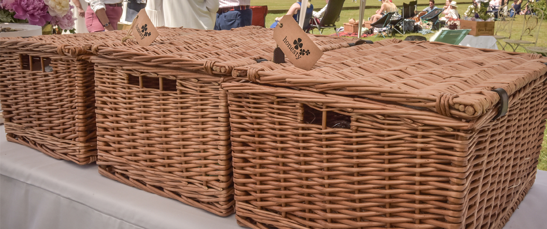 How to Ace a British Champagne Picnic (with a side of Polo)